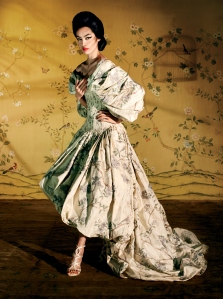 fei-fei-sun-by-steven-meisel-for-vogue-us-may-2015-8