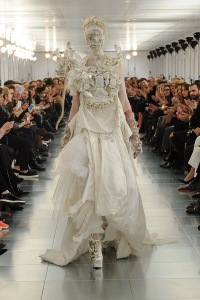 GALLIANO HT 2015 in weiss