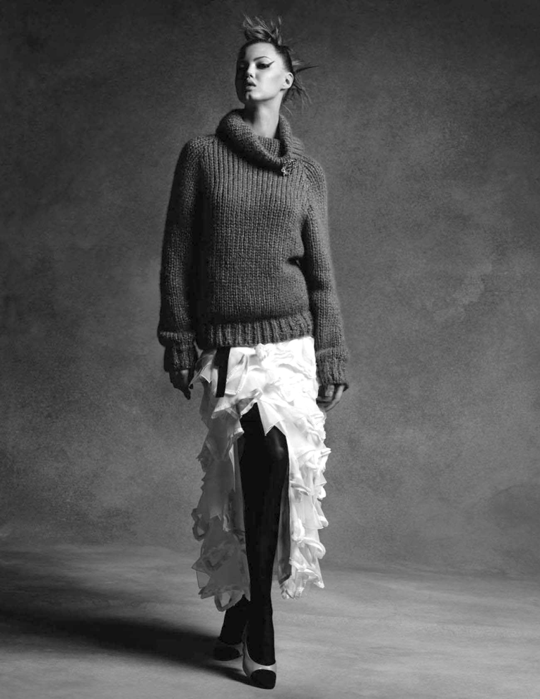 anna-ewers-lindsey-wixson-by-karl-lagerfeld-for-chanel-fall-winter-2015-2016