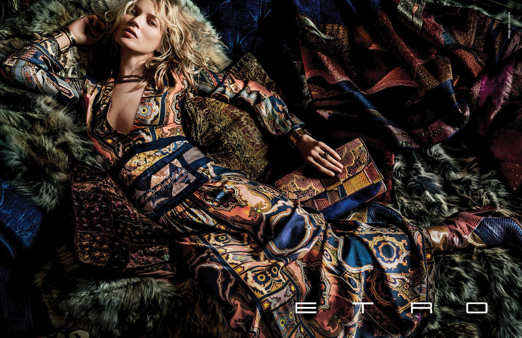 2019 year for women- Moss kate for etro fall campaign