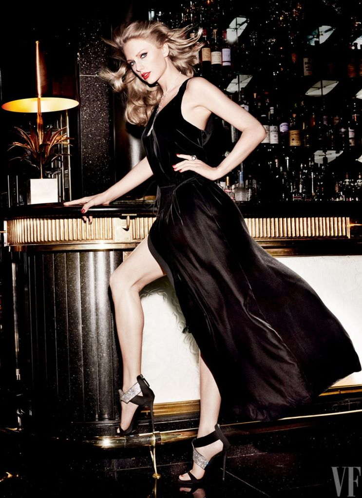 taylor-swift-for-vanity-fair-magazine-by-mario-testino-september-2015-issue_10