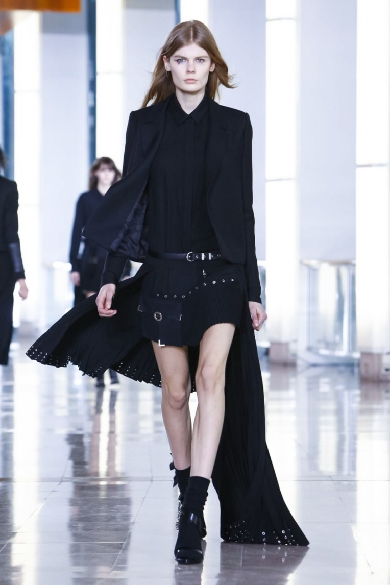 ANThony Vaccarello AW15 PFW